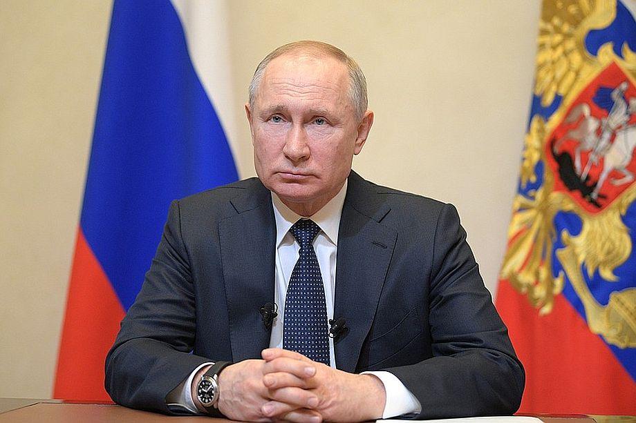 Владимир Путин поприветствовал участников ПМЭФ