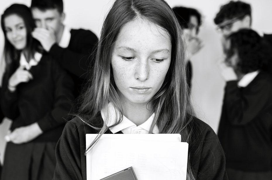 Школьная травля и пионеры. Анна Долгарева о жутких издевательствах и системе образования