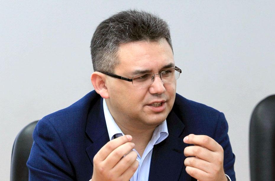 Политолог Аббас Галлямов ответил Маргарите Симоньян: «Белорусские спецслужбы ведь не обязаны знать, когда у Израиля с ХАМАС война прекратилась, так ведь?»