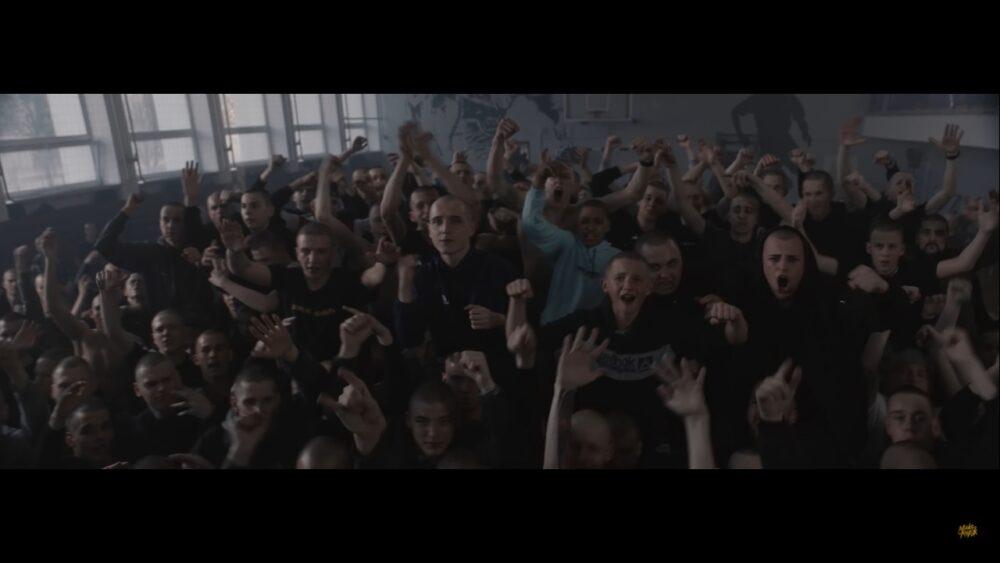 Макс Корж выпустил клип «Аттестат»: это смачная пощечина поколению вечно занятых взрослых