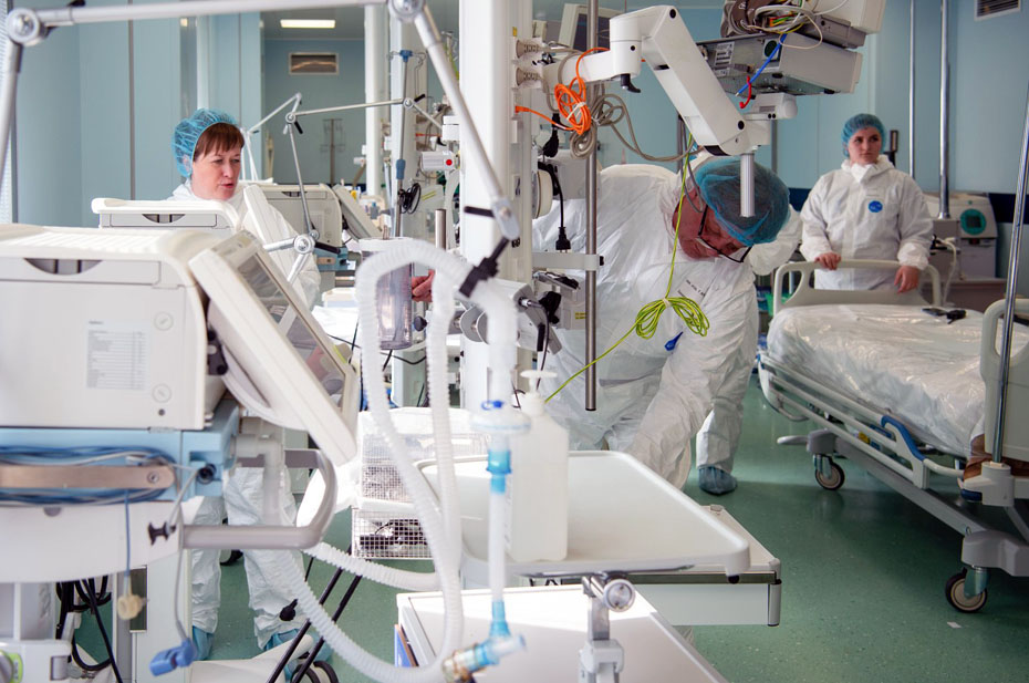 В течение месяца в регионы поступит 25 млрд рублей на лечение коронавируса