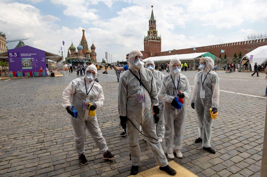 В Москве ввели жесткие ограничения из-за коронавируса: нерабочие дни продлятся до 20 июня