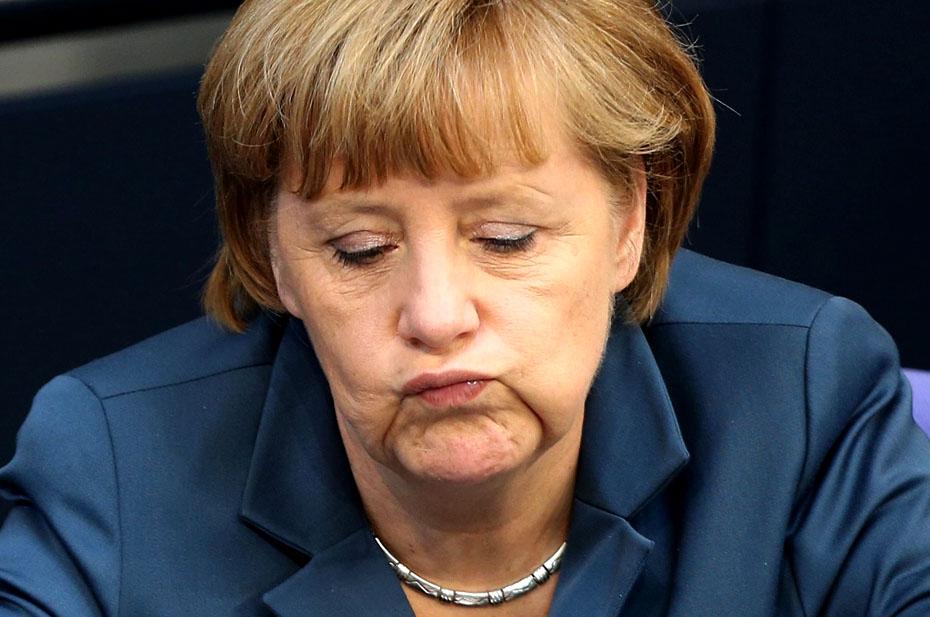 Меркель не смогла уговорить ЕС на саммит с Россией