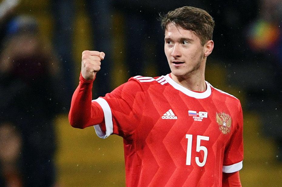 Мирончук принес России первый гол на Евро-2020