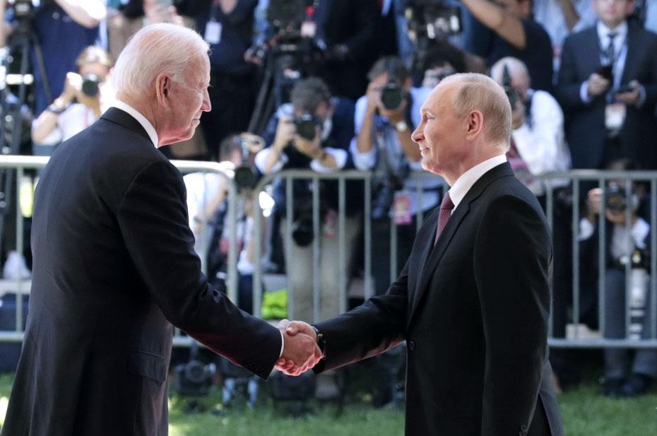 Переговоры с отложенным результатом. Андрей Бабицкий о Женевском саммите Путина и Байдена