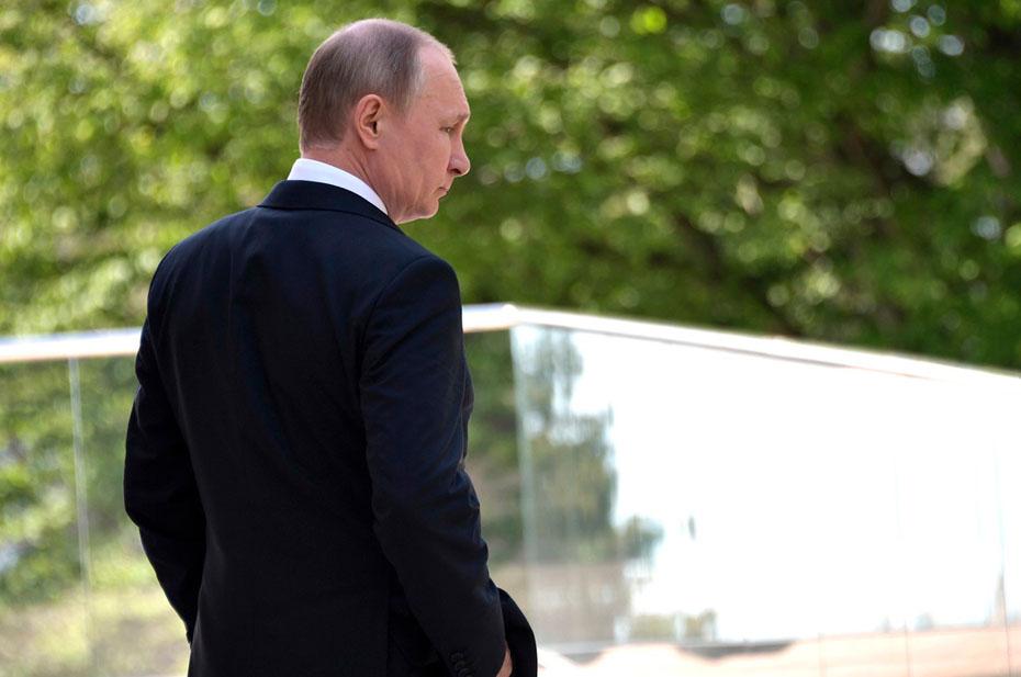 Путин – круги по воде