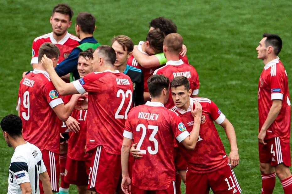 Сколько государственных денег положили в карман футболисты сборной России