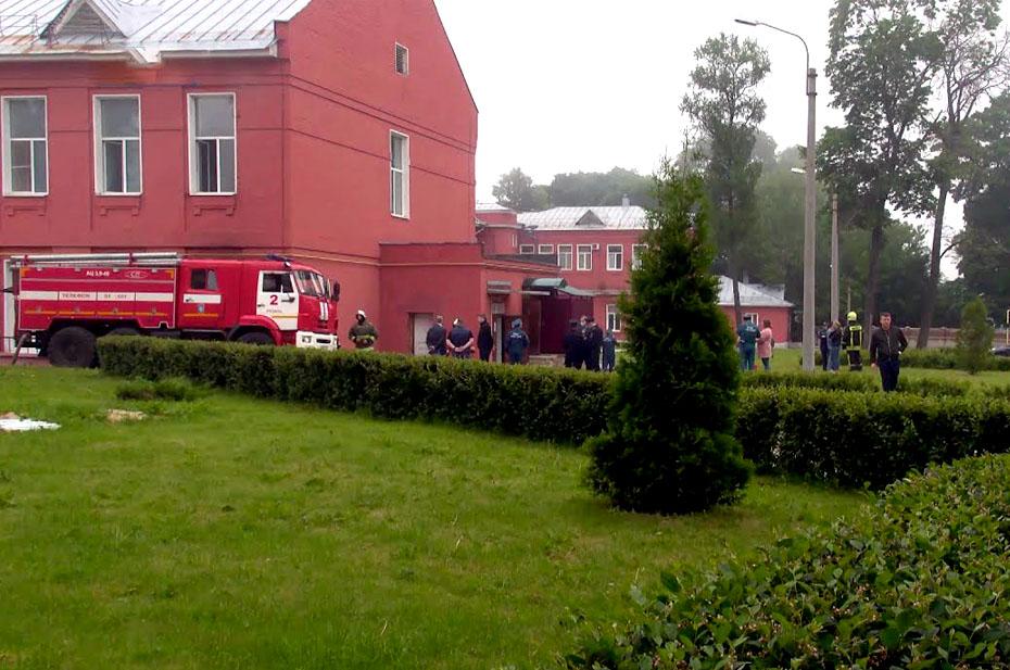 У медсестры рязанской коронавирусной больницы 75% ожогов тела. Она помогала спасать пациентов