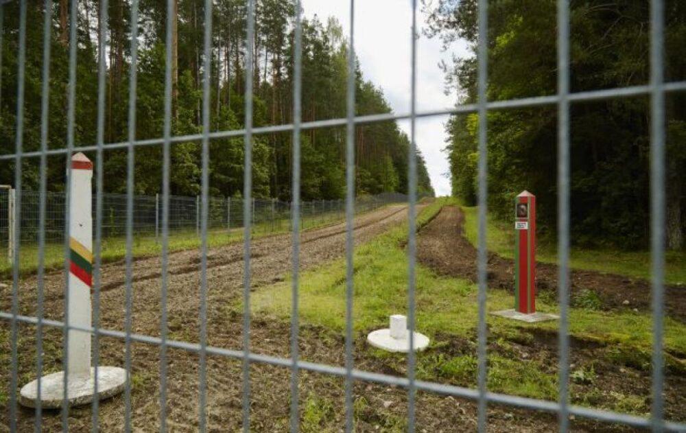 Литва начала устанавливать ограждения на границе с Белоруссией