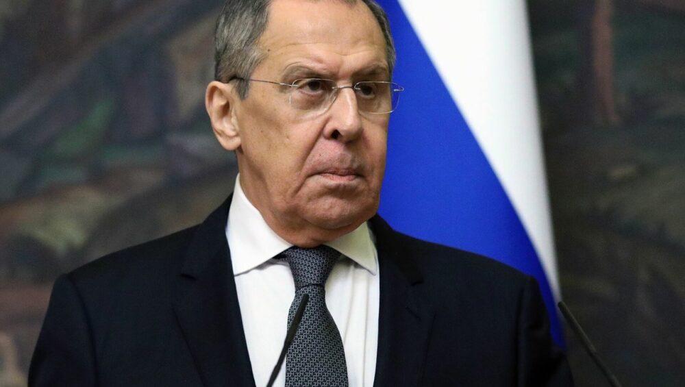 Лавров заявил, что Москва передала Вашингтону доказательства о вмешательстве в российские выборы