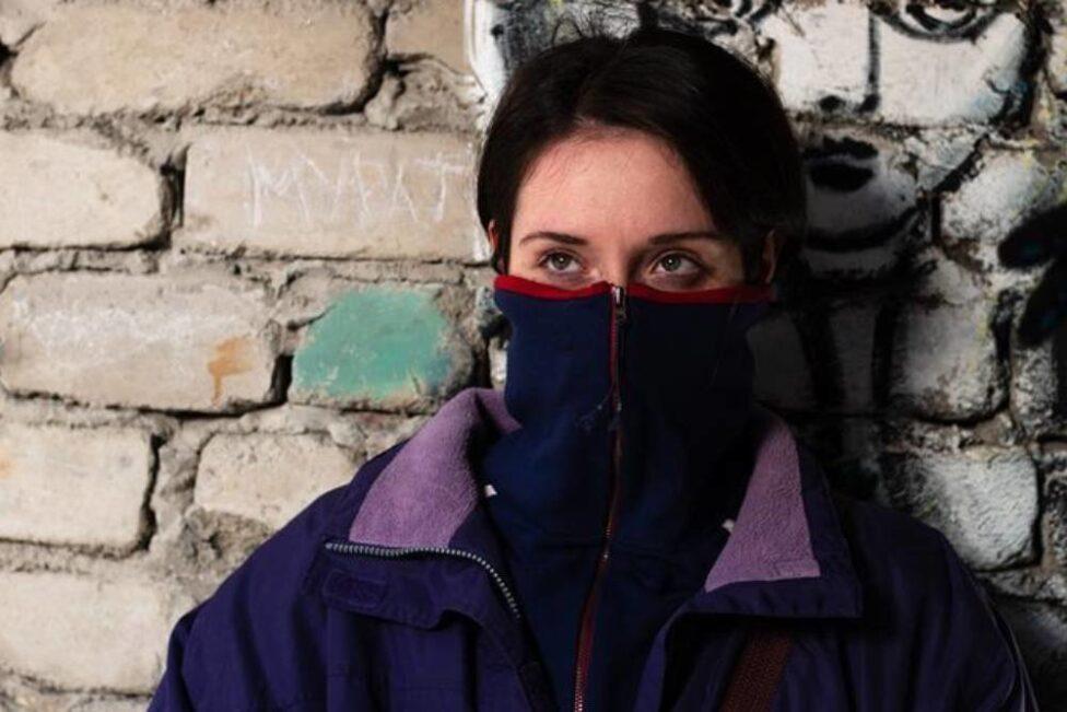 Новая победа русского арт-хауса в Каннах: ученица Сокурова сняла фильм про «девушку-аутсайдера», терроризируемую отцом и мечтающую сбежать из России