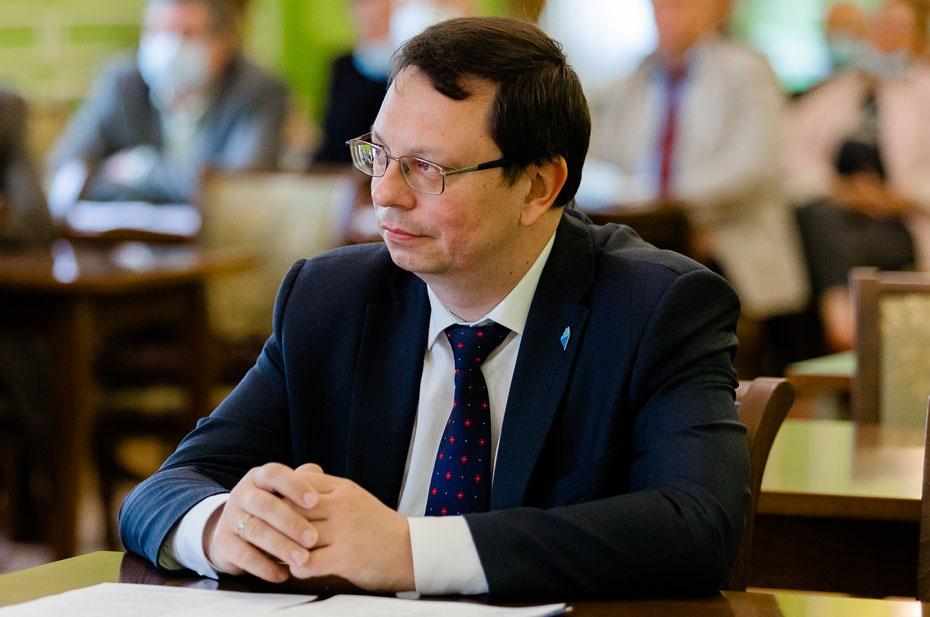 Новым врио ректора ВШЭ назначен Никита Анисимов