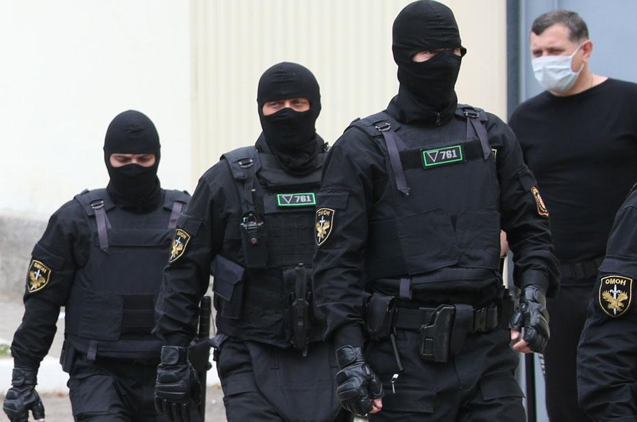 Белорусские силовики взялись за правозащитников