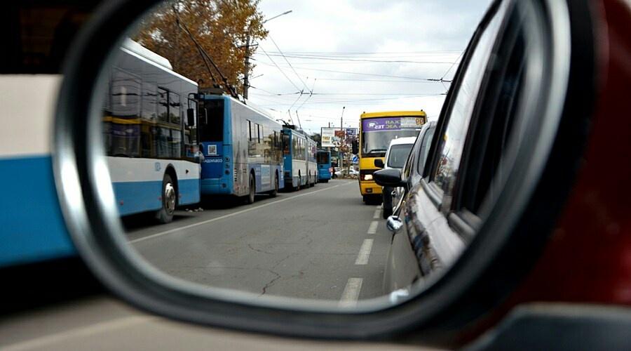 Глава Крыма назвал ложью сообщения о соблюдении масочного режима в транспорте