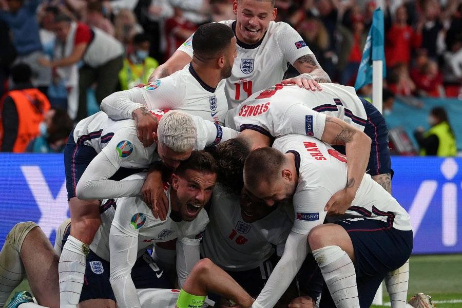 Англичане впервые вышли в финал Евро