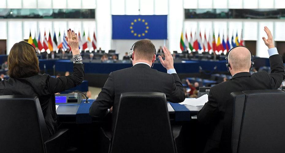 В ЕС предложили не признавать выборы в России