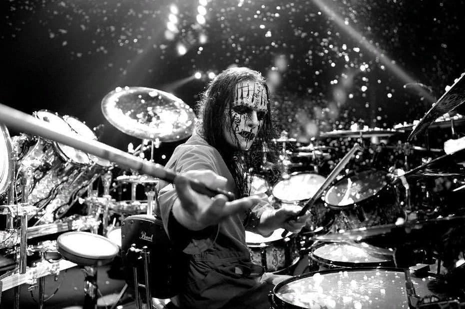 Один из основателей Slipknot «мирно умер во сне»