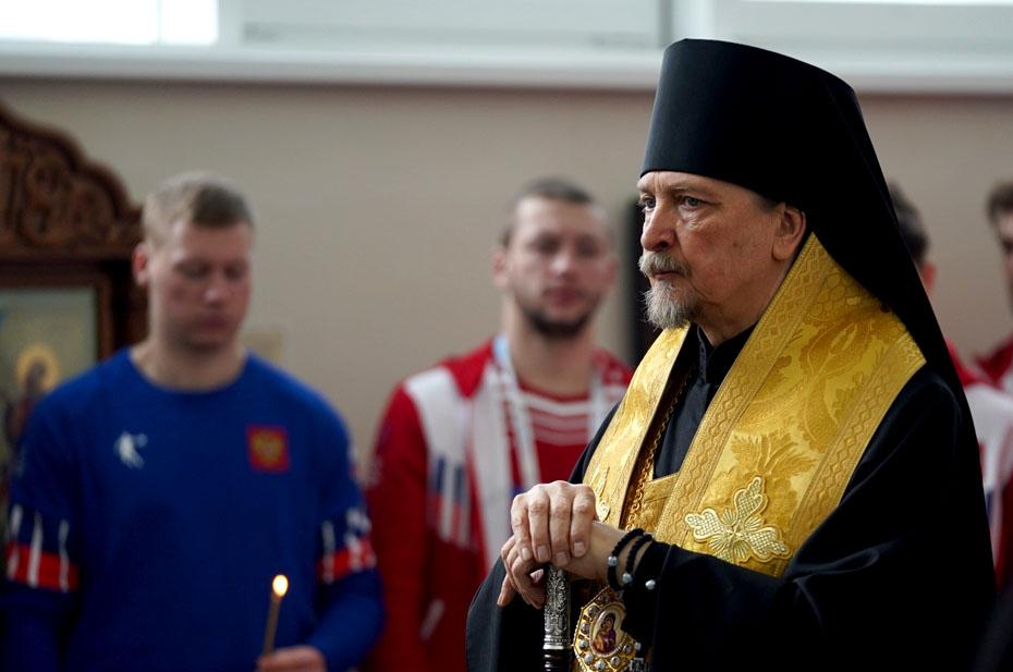 В РПЦ посчитали, что сборной России по футболу требуются духовники