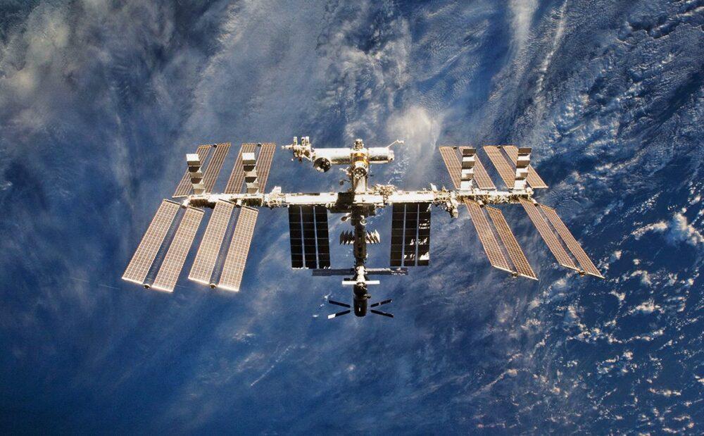 На модуле «Звезда» МКС резко упало давление