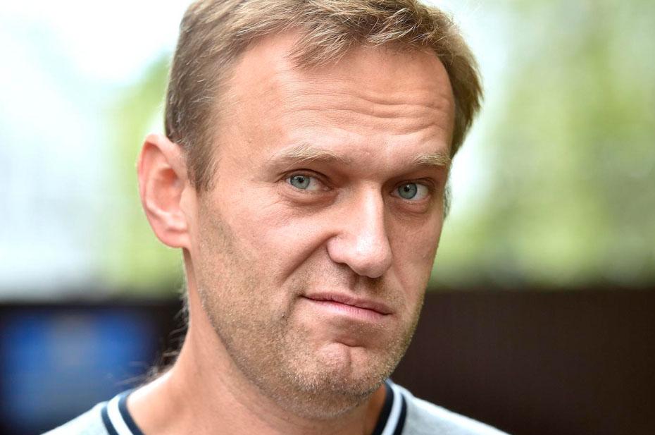 Навальный теряет популярность среди россиян