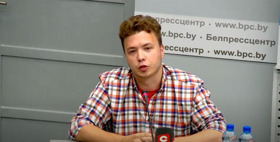 Роман Протасевич завел новый аккаунт в Twitter, в котором отвечает на все вопросы
