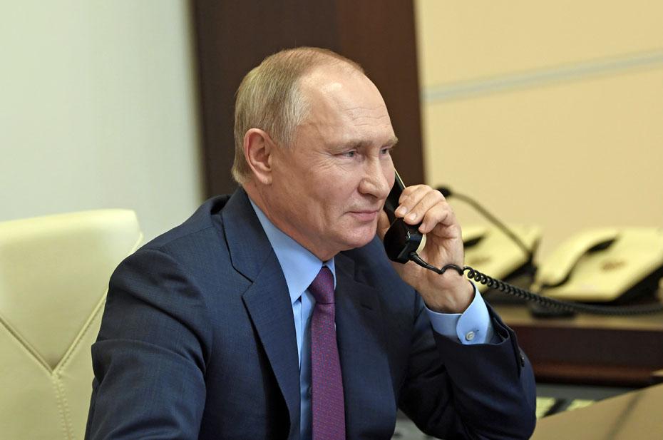 Владимир Путин связался с Макроном и Меркель