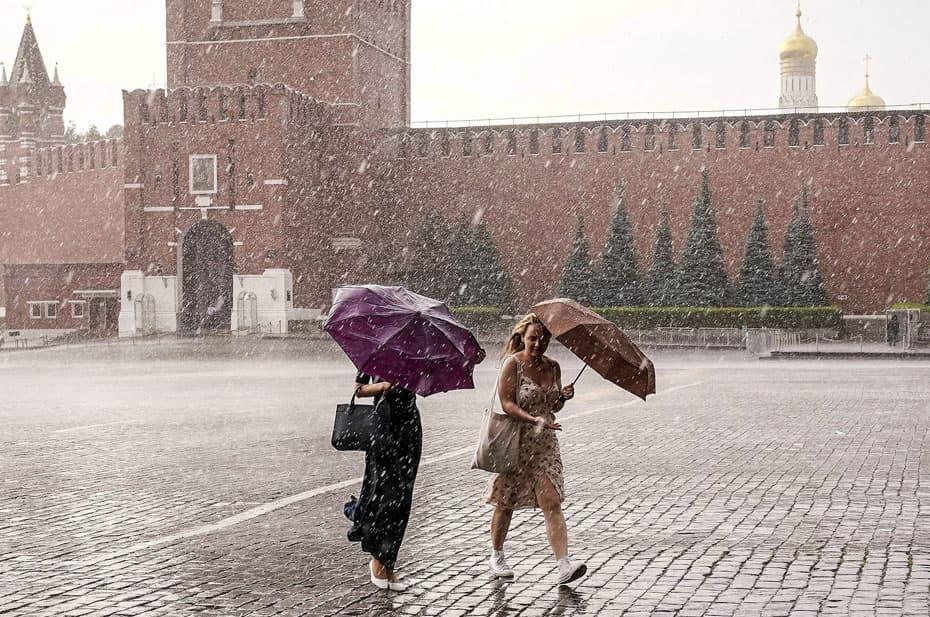 Москвичей до конца недели ждет непредсказуемая погода