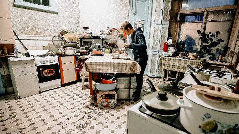 Сколько нужно российской семье в пандемию, чтобы свести концы с концами