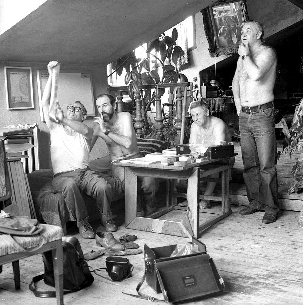 Лидеры неофициального искусства 60-70-х годов О. Васильев, Э. Булатов, И. Кабаков, Э. Гороховский, 1980-е