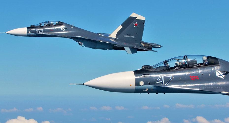 Российские истребители сопроводили американский Boeing над Черным морем