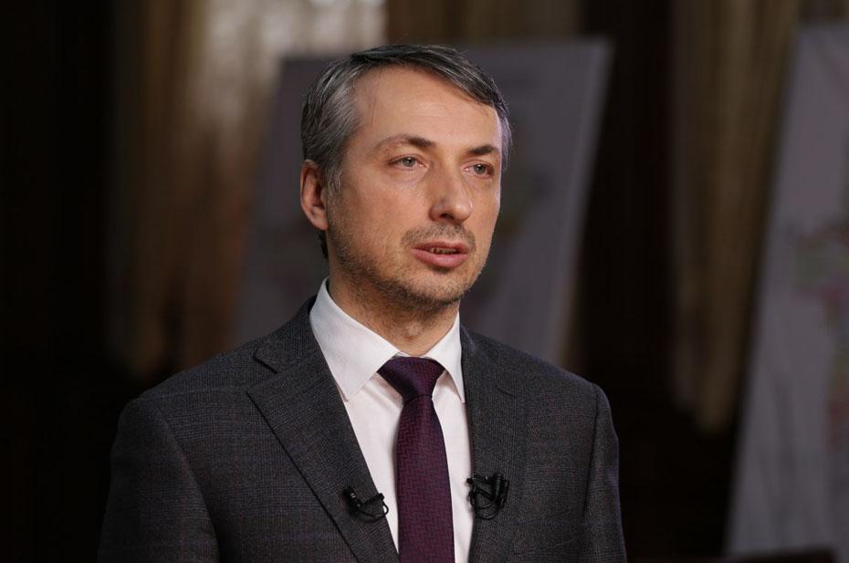 Министр здравоохранения Чечни отчитался о вакцинации 100% взрослого населения. Видимо, он оговорился