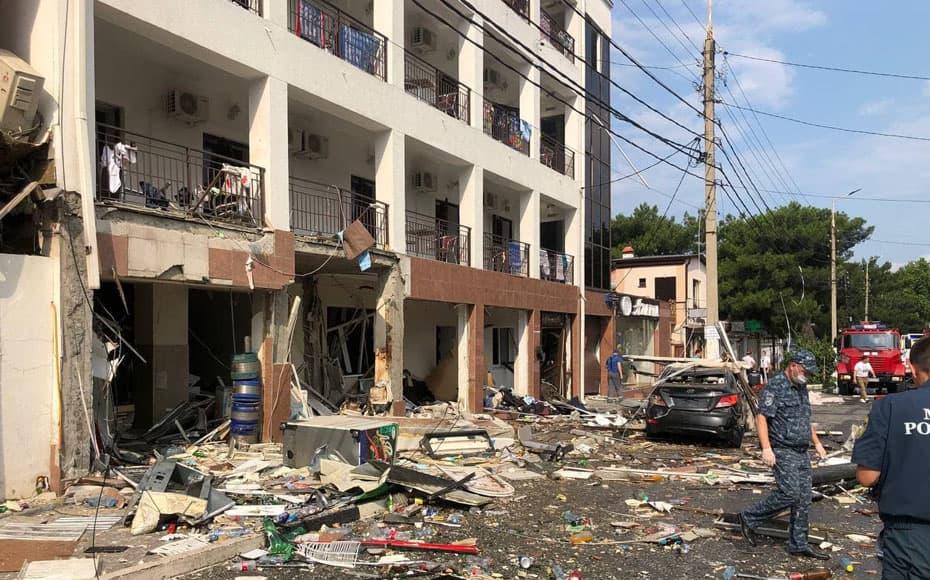 В гостинице в Геленджике произошел взрыв, есть пострадавшие
