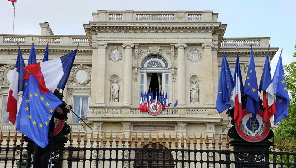 Париж не собирается признавать власть талибов* в Афганистане