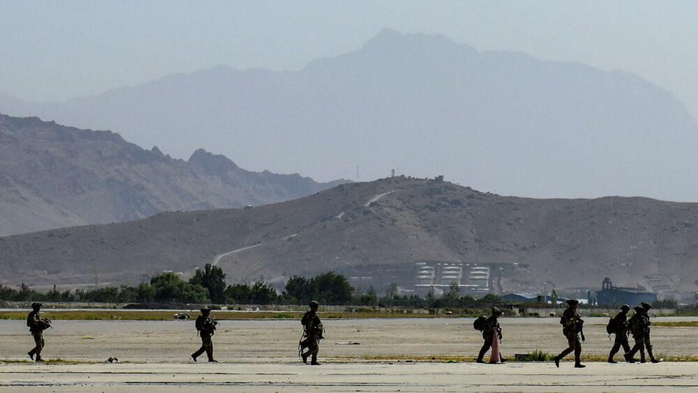 «Это попытка третьей стороны стравить международные силы и талибов*», – Александр Коц из Кабула о произошедшем теракте