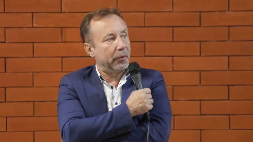 Задокументировано: Герман Артамонов в «Бункере на Лубянке» о единстве русских и украинцев, статье Путина и ленинской теории