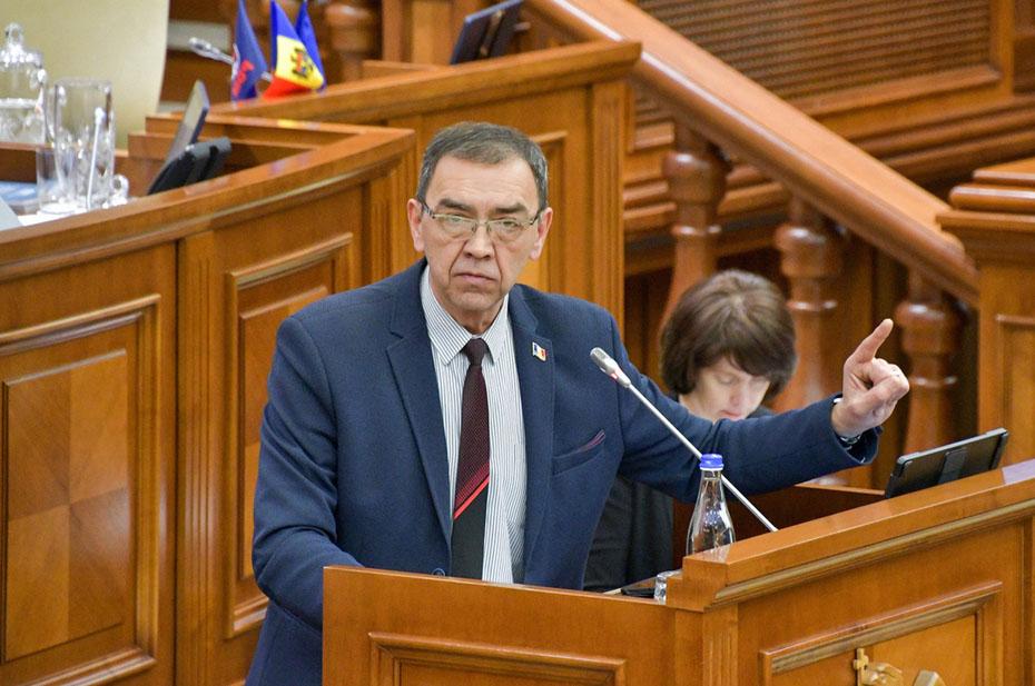 Посла Молдавии в России сняли за сексуальные домогательства