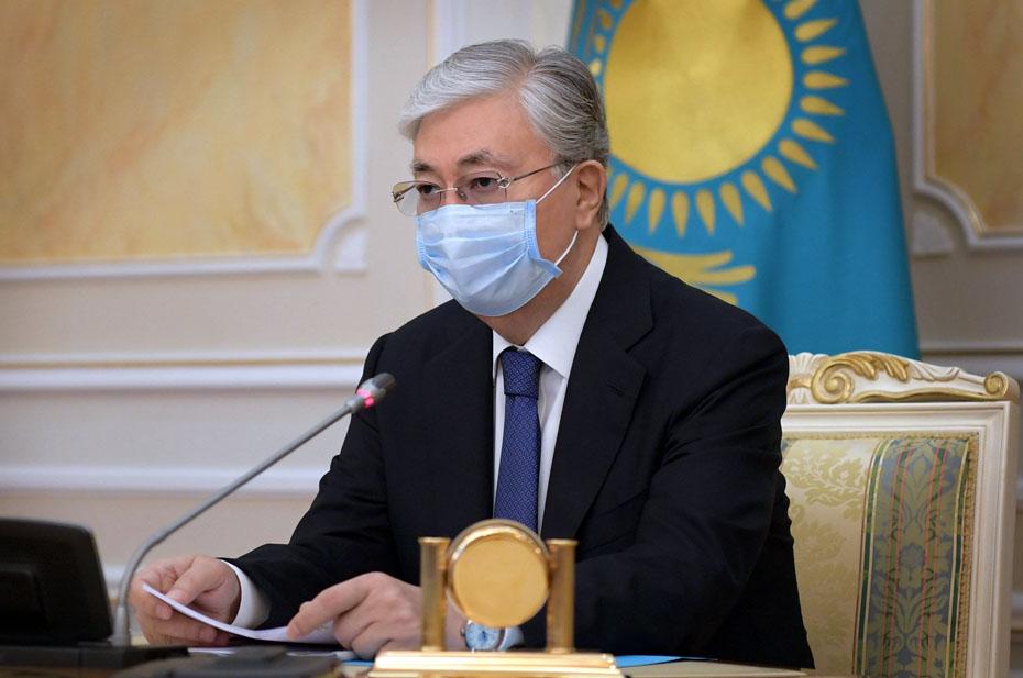 Президент Казахстана принял отставку министра обороны после взрывов на воинском складе