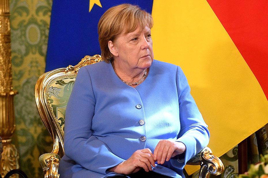 Путин сказал, что Меркель будут рады в России «как желанному гостю» после отставки с поста канцлера