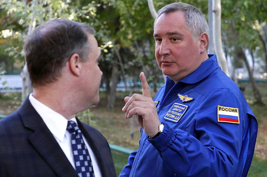 К чему на самом деле разговоры Рогозина про веру в инопланетян?