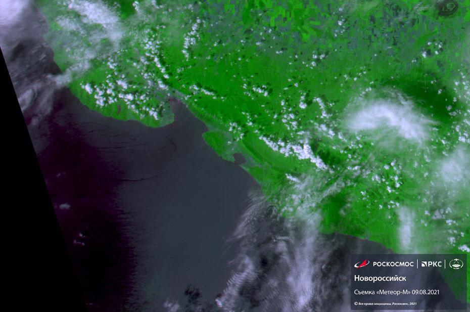 Опубликован снимок из космоса разлива нефти у Новороссийска