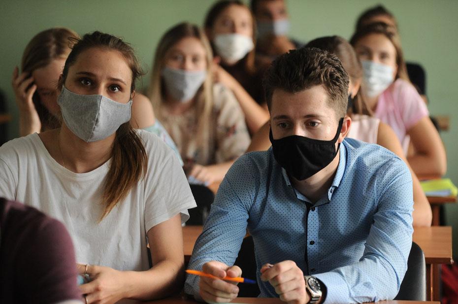 Вузам рекомендовали вести статистику по вакцинированным студентам и педагогам