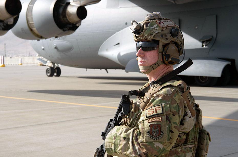 США вывезет из Афганистана всех своих дипломатов
