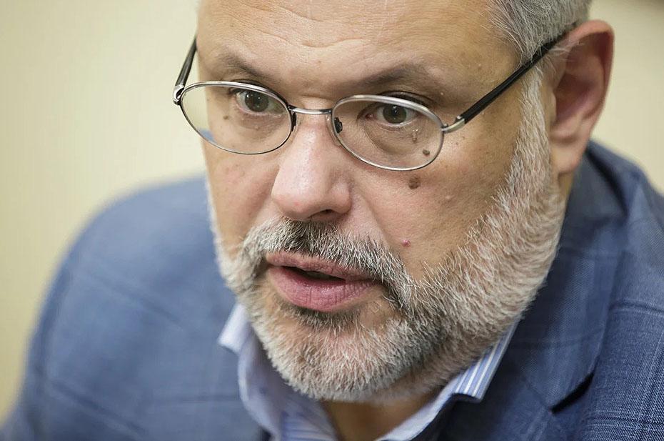 Экономист Михаил Хазин обвинил Центробанк в действиях, направленных на свержение политического руководства в России