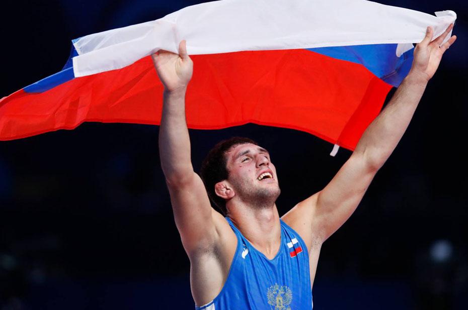 Заурбек Сидаков принес России 17-ю золотую медаль на Играх в Токио