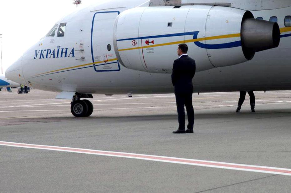Опоздавших Зеленского и Йоханниса не стали ждать в Молдове