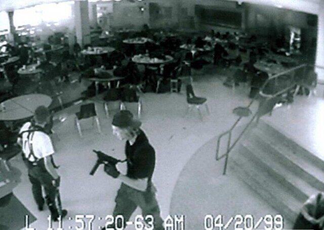 Массовое убийство в школе «Колумбайн»