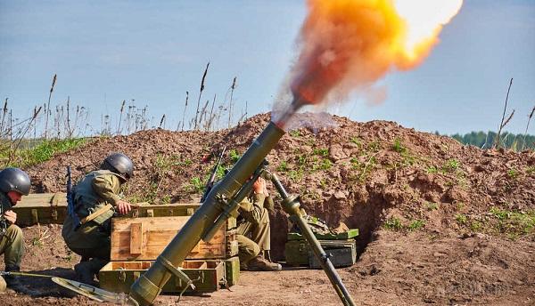 За сутки Донбасс четыре раза обстреляли с украинской стороны
