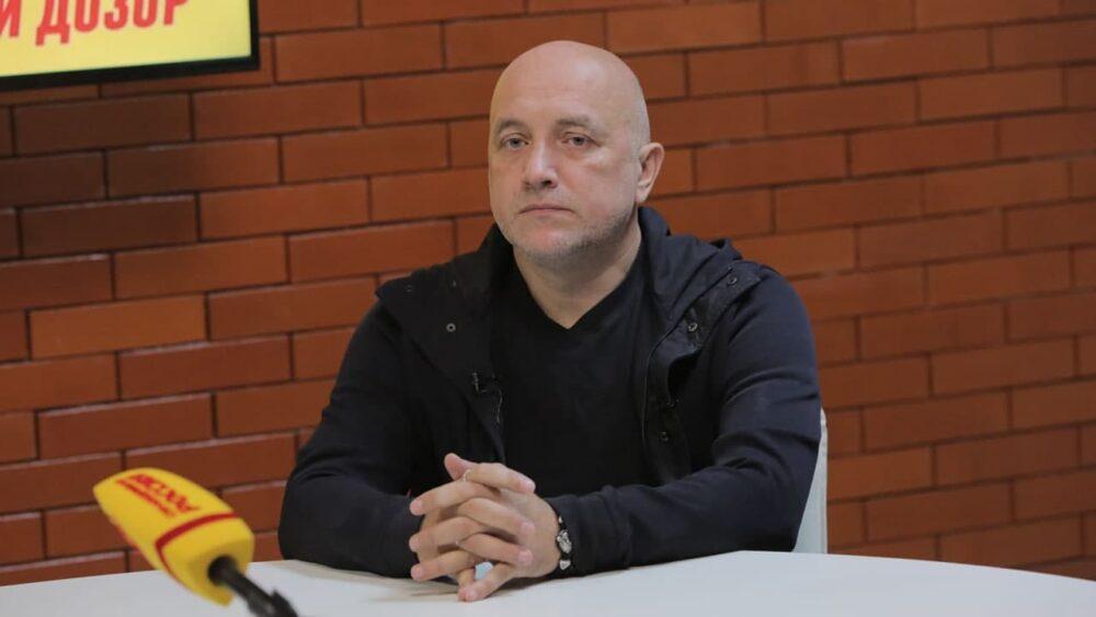 Захар Прилепин отказался от депутатского мандата, но готов возглавить один из регионов