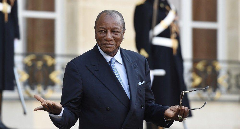 В Гвинее свергли 83-летнего президента, который два года назад «обнулил» свои президентские сроки