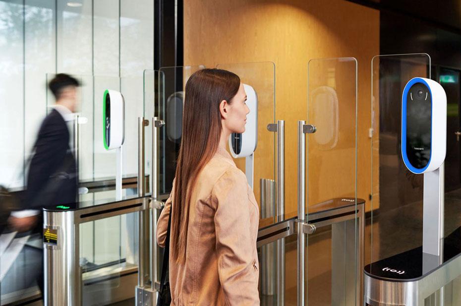 В РФ на всех видах общественного транспорта должны ввести биометрию
